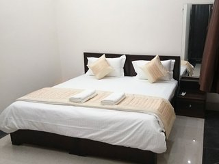 A1 Guest House - Deluxe Room 5