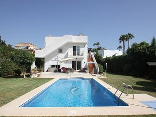 Fab Marbella Location next to top Beaches, Golf, and other Sports