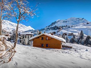 Walk to the piste and village then back for an evening sauna - OVO Network