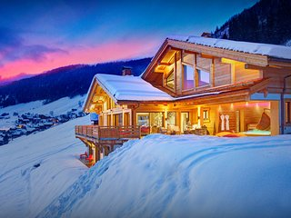 5* home with jacuzzi, sauna, play room, splendid views - OVO Network
