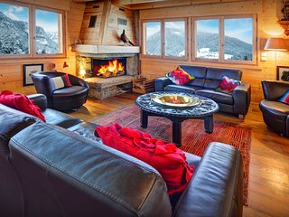 4* ski chalet with two kitchens is perfect for two families - OVO Network