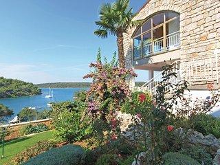 2 bedroom Apartment in Banjole, Istarska Zupanija, Croatia - 5563973