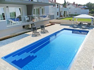 2 bedroom Apartment in Banjole, Istria, Croatia : ref 5559436