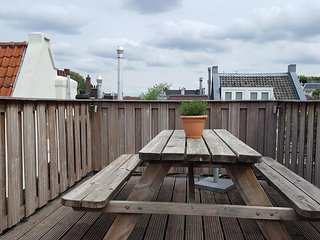 3BR WITH ROOFTOP IN JORDAAN/PRINSENSTRAAT