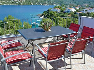 2 bedroom Apartment in Veli Drvenik, Splitsko-Dalmatinska Zupanija, Croatia : re