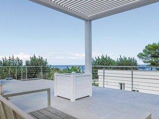 3 bedroom Villa in Santa Caterina dello Ionio Marina, Calabria, Italy : ref 5571