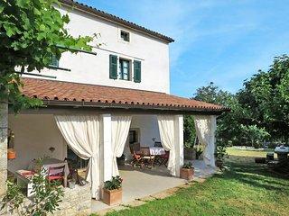 3 bedroom Villa in Zminj, Istarska Zupanija, Croatia : ref 5439713