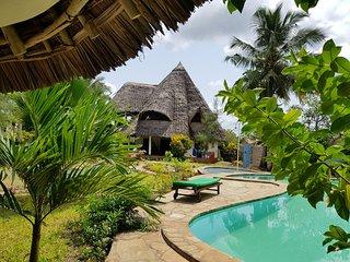 Villa Fink Diani - Pool Paradise for Families