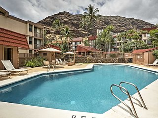NEW-Resort Condo w/Mtn Views 1 Mi to Makaha Beach!