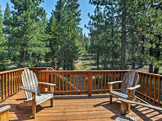 NEW! Truckee Home w/Decks & Hot Tub Near Skiing!