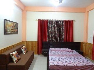 Satyam Homestay: Room 3, alquiler vacacional en Kullu