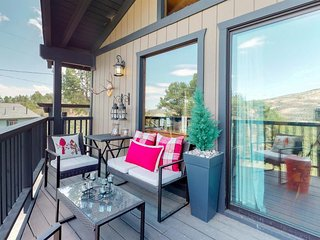 NEW LISTING! View of Big Bear & Gold Mountain, fireplace & updated rustic decor