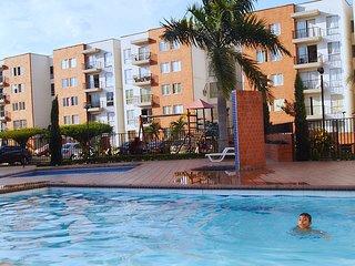 Elegant apartment & swimming pool┃apartamento elegante & piscina