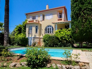 Villa Jewel *Cap d'Antibes, Impresionante Villa