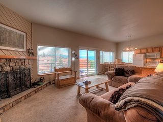 Perfectly Located Buffalo Ridge Condo By Resorts