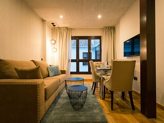 Beautiful apartment in Calle Carreteria with communal building pool