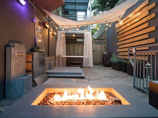 Modern - Private Patio, Hot tub, Fire Pit, Free Parking, Car - Upper Market St!