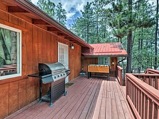 NEW! Cozy Lakeside Home w/Deck- Near Rainbow Lake!