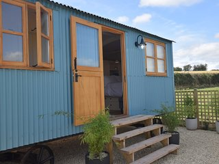 63293 Log Cabin situated in Llangwm