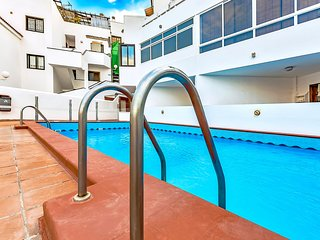 Los Cristianos One Bedroom with Pool View