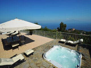 Villa Augusta A with External Tub, Sea View, Parking and Private Terraces