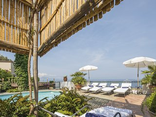 Villa Ortensia with Private Pool, Sea View, Near the Sea