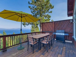 Crystal Views - 3 BR Lake View in Tahoe City with Hot Tub & Private HOA Beach