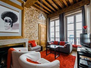Constantine Terreaux : appartement au coeur de la ville
