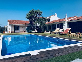 Quinta-da-Carrila | Suite + 1 Room + Kitchen + 2 Living Rooms | Summer House