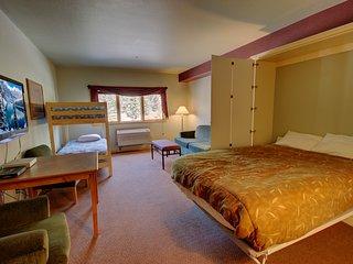 Gateway Lodge 5029