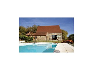 2 bedroom Villa in Carves, Nouvelle-Aquitaine, France - 5521906