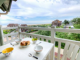 1 bedroom Apartment in Deauville, Normandy, France : ref 5533188