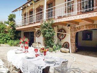 4 bedroom Villa in Belvedere Langhe, Piedmont, Italy : ref 5548343