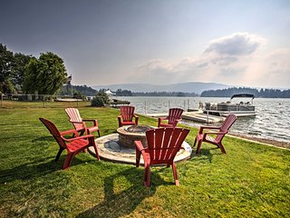 NEW! Lakefront Yelm House w/ Deck & Private Dock!