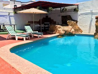 BEAUTIFUL BUNGALOW WITH PRIVATE POOL, CLOSE TO THE BEACH, GOLDEN ZONE