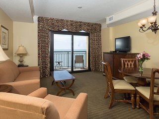 Oceanfront Suite for 6 | Spa, 3 Pools, 2 Hot Tubs, and More On-Site!