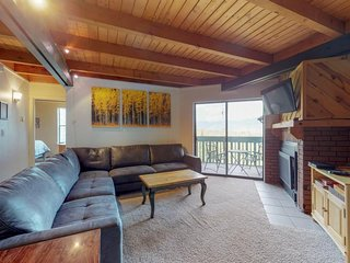 NEW LISTING! Cozy condo w/shared hot tub, pool, sauna - bus to slopes