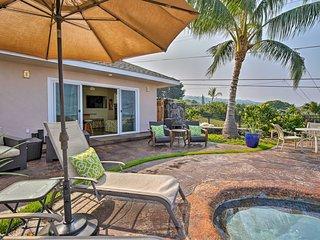 Kailua-Kona Cabana Studio w/ Pool & Sunset View!
