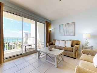 NEW LISTING! Bright and gorgeous condo with beach views and shared pool, hot tub