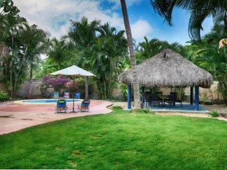 New Sayulita Rental w/ private yard & jungle views/ low season specials
