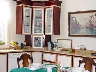 Terrace Green Bed & Breakfast Queen Room with Shared Bathroom, casa vacanza a Waddington