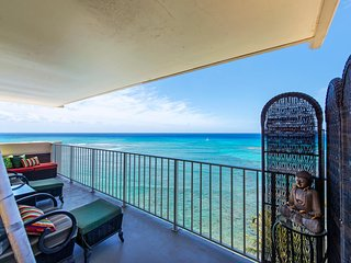Oceanfront Retreat - Diamond Head Beach Hotel