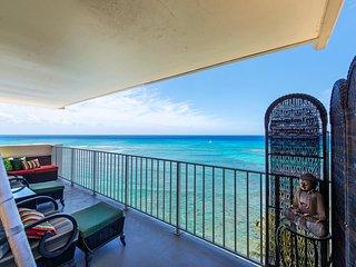 Oceanfront Retreat - Diamond Head Beach Hotel