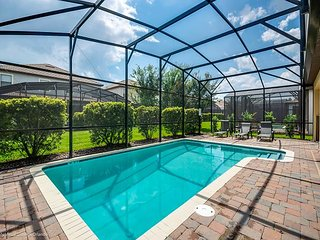 6BD/6BA pool home near the ChampionsGate clubhouse!