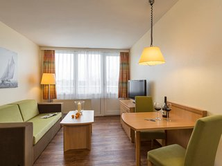 Grosswessek Apartment Sleeps 4 with Pool and WiFi - 5033926