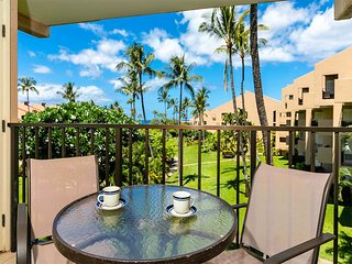 Easy-Going Style w/Lanai, Kitchen Ease, WiFi, Washer/Dryer–Kamaole Sands 5314