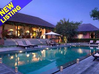 Luxury Paradise Spacious 6 Bedroom Villa in Umalas'