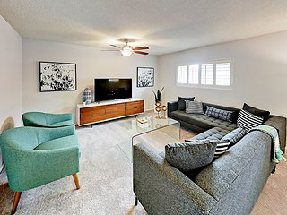 Retro Old Town Remodel w/ Private Pool, Fire Pit & Billiards Table