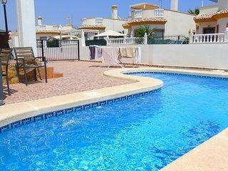 Villa Campo, El Raso - Villa with Private Pool, WiFi & UK TV