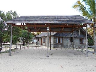 Morrumbene Beach Resort Unit 4